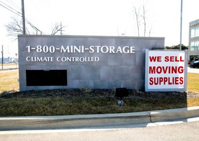 1-800 Mini Storage – Troy, MI