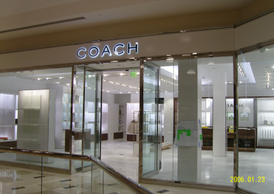 Coach Store 12 Oaks Mall