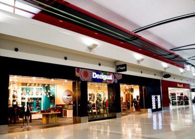 Desigual - DTW McNamara Terminal